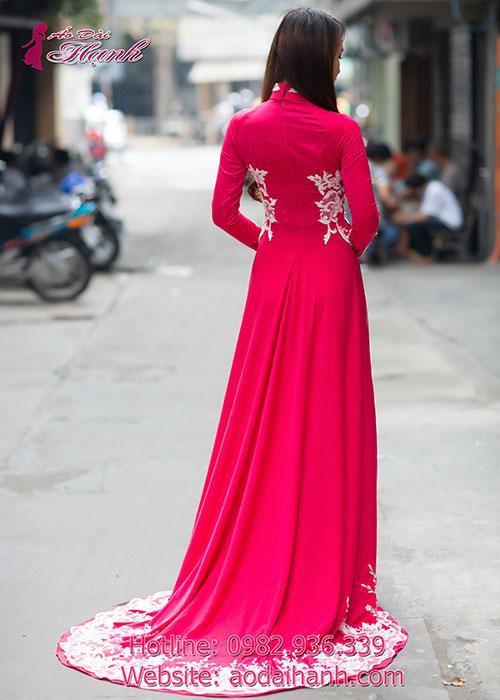 Áo dài cưới được cách tân giống như áo cưới kiêu sa