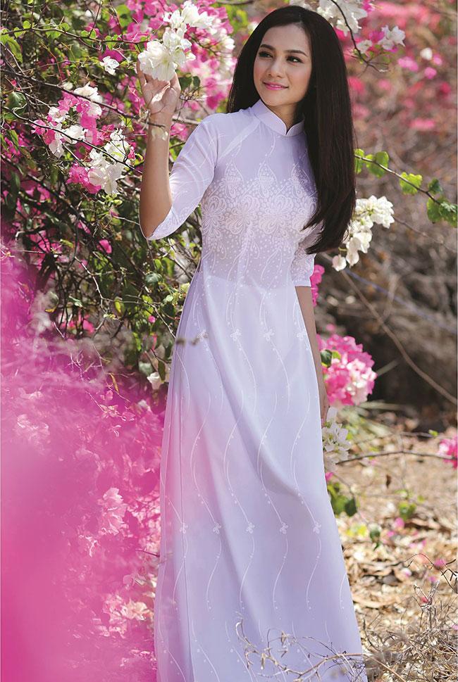 May áo dài trắng nữ sinh 2